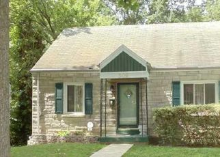Pre Foreclosure in Louisville 40212 NORTHWESTERN PKWY - Property ID: 953813808