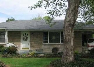 Pre Foreclosure in Louisville 40216 FIELDING WAY - Property ID: 953868999