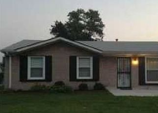Pre Foreclosure in Louisville 40214 BURNWICK CT - Property ID: 953873364