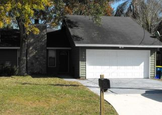 Pre Foreclosure in Jacksonville 32225 DERRINGER RD - Property ID: 954067834