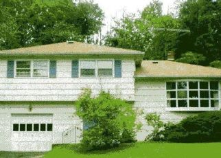 Pre Foreclosure in Caldwell 07006 DALEWOOD RD - Property ID: 954622745