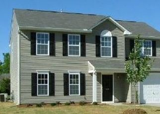 Pre Foreclosure in Greenville 29607 FLANDERS CT - Property ID: 954786998