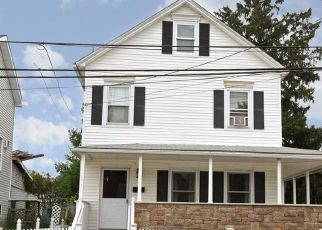 Pre Foreclosure in Wappingers Falls 12590 WEST ST - Property ID: 955304667