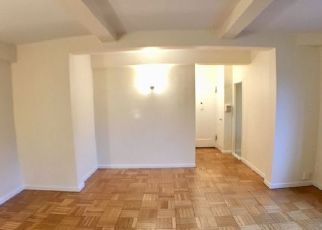 Pre Foreclosure in Bronx 10462 METROPOLITAN AVE - Property ID: 956467485