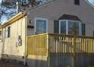 Pre Foreclosure in Clementon 08021 WILSON RD - Property ID: 956896255