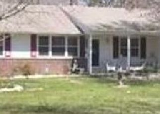 Pre Foreclosure in Waterford Works 08089 CENTER AVE - Property ID: 956938755