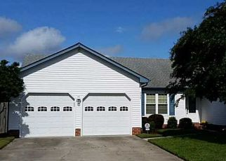 Pre Foreclosure in Virginia Beach 23454 DAIMLER DR - Property ID: 957884778