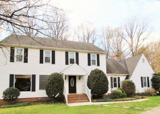 Pre Foreclosure in Midlothian 23113 ROBIOUS RD - Property ID: 957938642