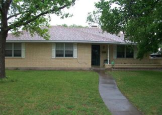 Pre Foreclosure in Desoto 75115 VINCE LN - Property ID: 958207110