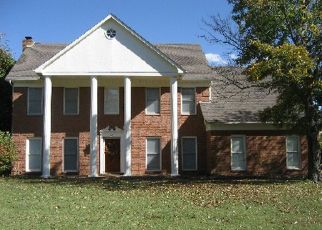 Pre Foreclosure in Collierville 38017 ROLLING OAKS LN - Property ID: 958292525