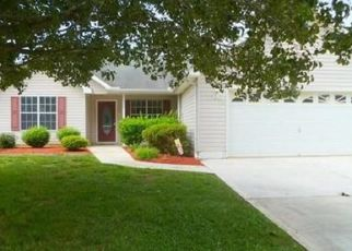 Pre Foreclosure in Fountain Inn 29644 COUNTRY GARDENS DR - Property ID: 958541284