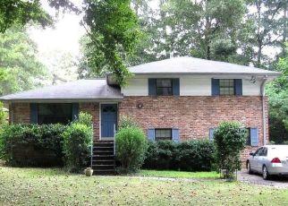 Pre Foreclosure in Decatur 30033 MONCRIEF CIR - Property ID: 958597349