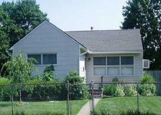 Pre Foreclosure in Central Islip 11722 POPLAR ST - Property ID: 960344878