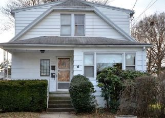 Pre Foreclosure in Bridgeport 06604 NORMAN STREET EXT - Property ID: 960460493