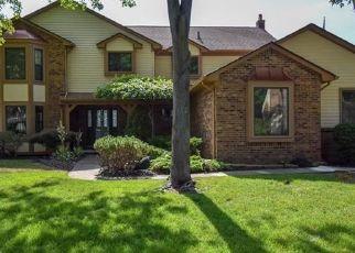 Pre Foreclosure in Utica 48315 SHERWOOD LN - Property ID: 960773654