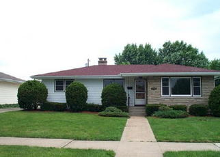 Pre Foreclosure in Highland 46322 43RD PL - Property ID: 961059647