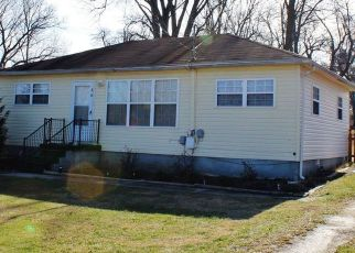 Pre Foreclosure in Radcliff 40160 SOUTHLAND DR - Property ID: 961161246