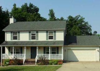 Pre Foreclosure in Elizabethtown 42701 POPLAR TRCE - Property ID: 961188404
