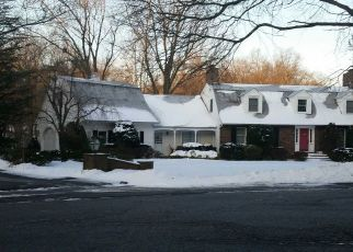 Pre Foreclosure in Franklin Lakes 07417 PINECROFT CT - Property ID: 961603160