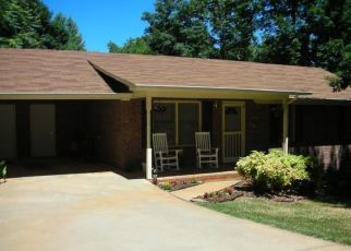 Pre Foreclosure in Cleveland 30528 UNDERWOOD FARM RD - Property ID: 961907562