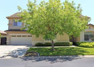 Pre Foreclosure in Sacramento 95835 HAWKCREST CIR - Property ID: 962562774