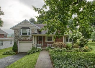 Pre Foreclosure in Reading 19606 BYRAM ST - Property ID: 963229811