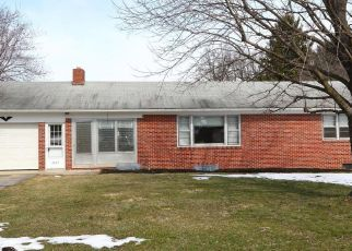 Pre Foreclosure in Spring Grove 17362 YORK RD - Property ID: 963682672