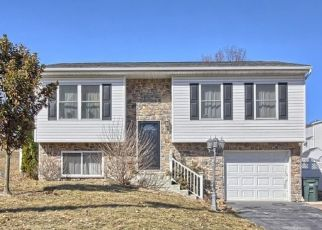 Pre Foreclosure in York 17402 11TH AVE - Property ID: 963690552