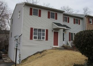 Pre Foreclosure in Etters 17319 PERSIAN LILAC DR - Property ID: 963784729