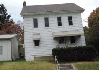 Pre Foreclosure in Red Lion 17356 SPRINGVALE RD - Property ID: 963818885