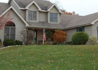 Pre Foreclosure in Lake Geneva 53147 PROMONTORY DR - Property ID: 963884127