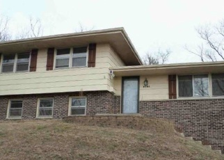 Pre Foreclosure in West Bend 53090 BRIAR DR - Property ID: 963967349
