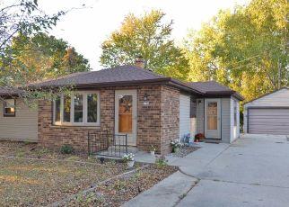 Pre Foreclosure in Oak Creek 53154 E OBRIEN RD - Property ID: 964028224