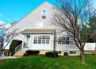 Pre Foreclosure in Yonkers 10710 ROUNDTOP RD - Property ID: 964157880