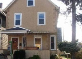 Pre Foreclosure in Mount Vernon 10550 W 3RD ST - Property ID: 964182393