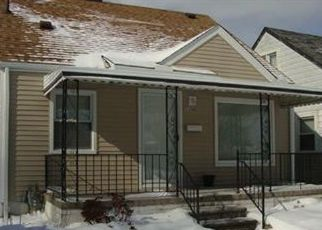 Pre Foreclosure in Southgate 48195 KENNEBEC ST - Property ID: 964327817