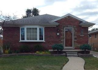 Pre Foreclosure in Eastpointe 48021 VERONICA AVE - Property ID: 964361979