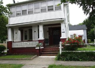 Pre Foreclosure in Norfolk 23504 MIDDLE AVE - Property ID: 964787680