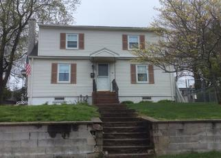 Pre Foreclosure in Methuen 01844 HAZEL ST - Property ID: 965023754