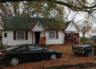 Pre Foreclosure in Ooltewah 37363 OCOEE ST - Property ID: 965441577