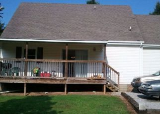 Pre Foreclosure in Livingston 38570 HIALEA DR - Property ID: 965534869