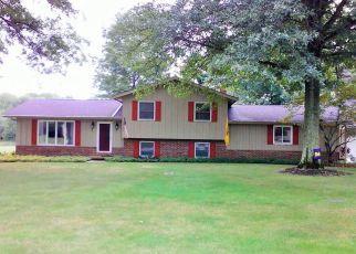 Pre Foreclosure in Barberton 44203 FLORAWAY DR - Property ID: 965667571