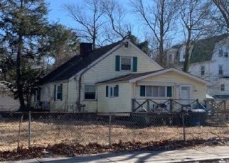 Pre Foreclosure in Hyde Park 02136 TAUNTON AVE - Property ID: 965753862