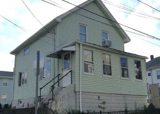 Pre Foreclosure in Malden 02148 LINWOOD ST - Property ID: 965774880
