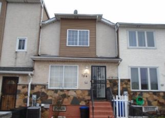 Pre Foreclosure in Staten Island 10304 SKYLINE DR - Property ID: 967818454