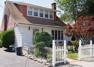 Pre Foreclosure in Staten Island 10306 LINCOLN AVE - Property ID: 967964750