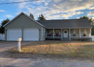 Pre Foreclosure in Westerly 02891 DOREEN DR - Property ID: 968080810