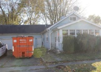Pre Foreclosure in Peoria Heights 61616 E ROUSE AVE - Property ID: 969799409