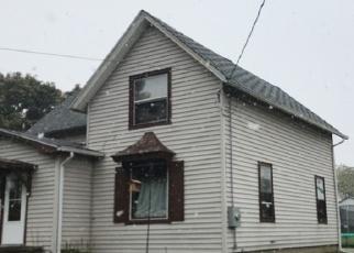 Pre Foreclosure in Metamora 61548 N MENARD ST - Property ID: 969829635