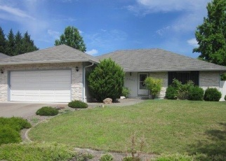Pre Foreclosure in Medford 97504 WATERFORD CT - Property ID: 970389813
